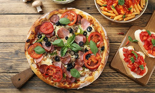 CityGames Köln Sightseeing Party Tour: Pizza Pasta Antipasti L'Osteria
